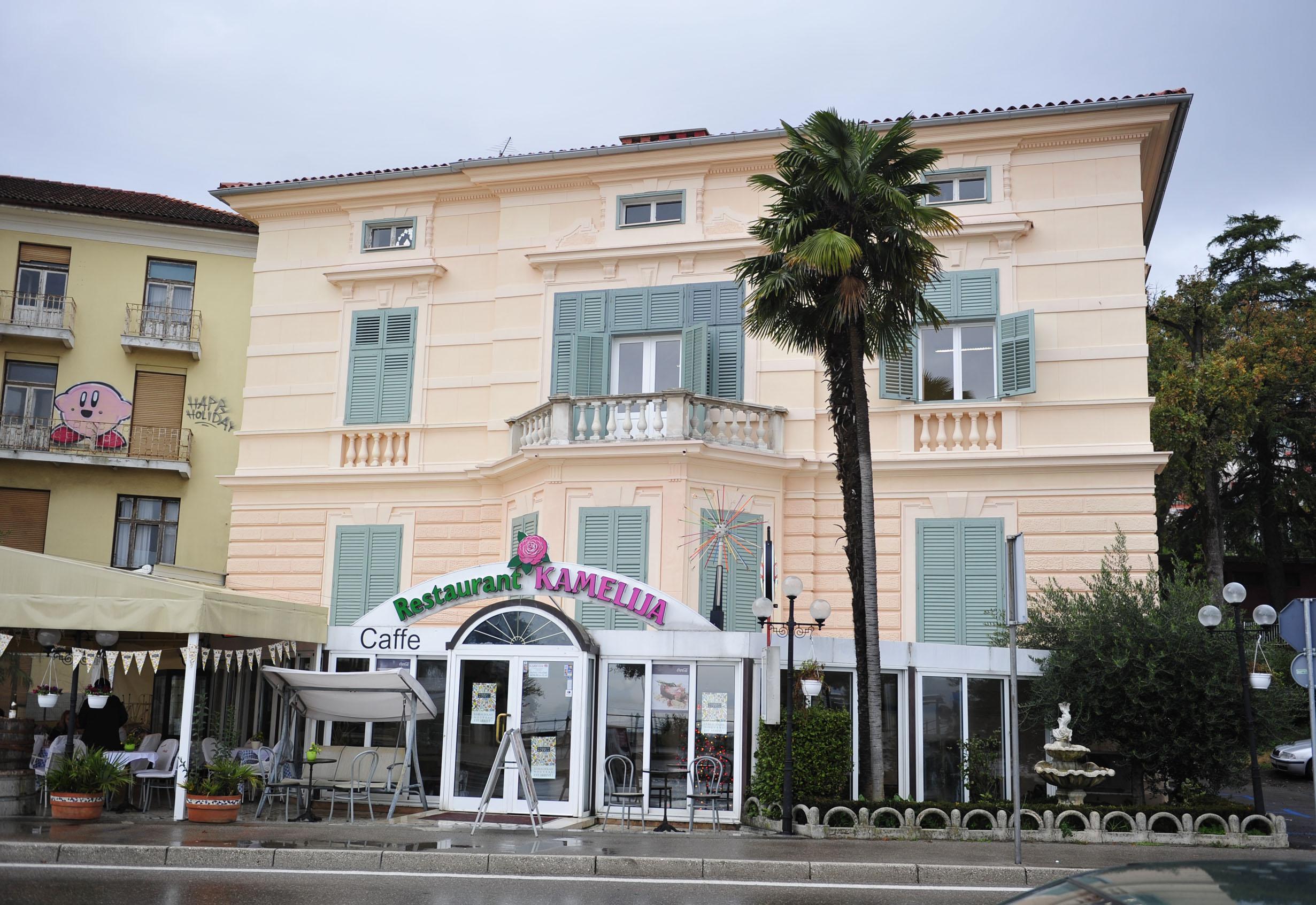 Mala vila Keglevich u kojoj se nalazio restoran Kamelija, snimio Marin ANIČIĆ