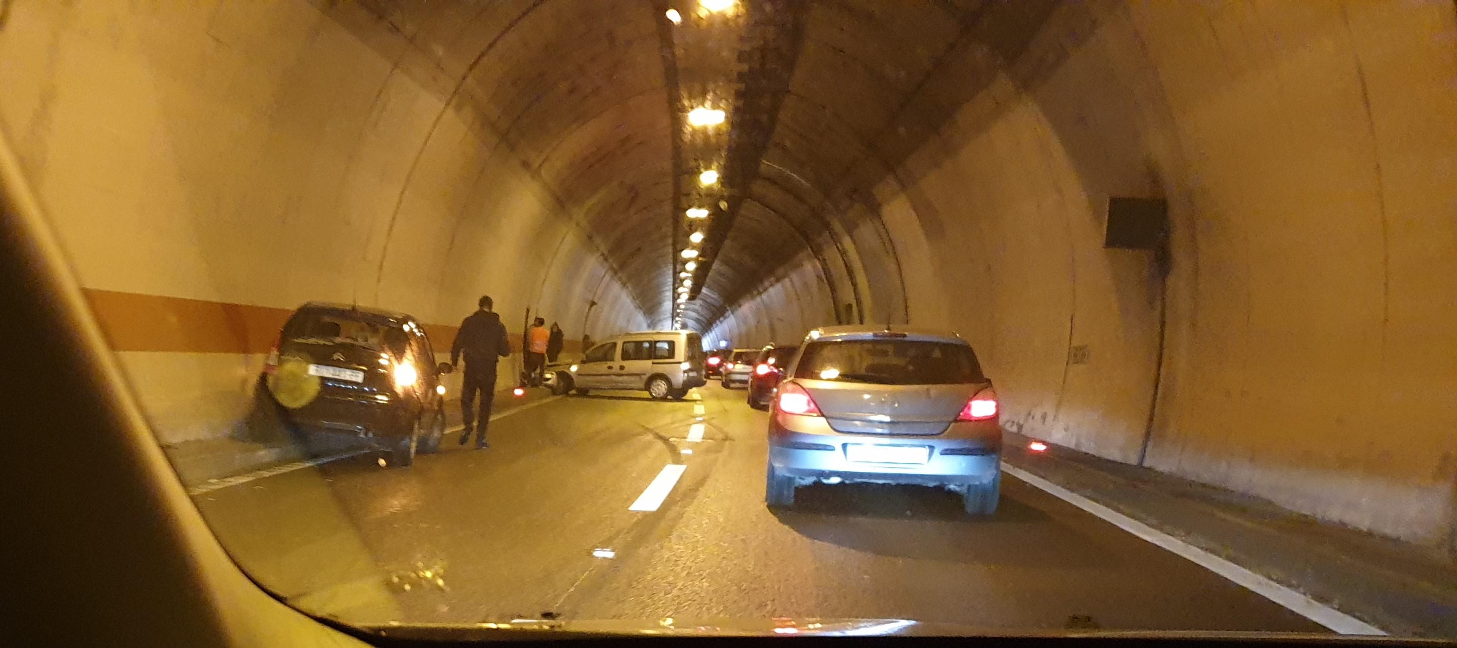 Nesreća u tunelu Škurinje / Snimio Dražen HERLJEVIĆ