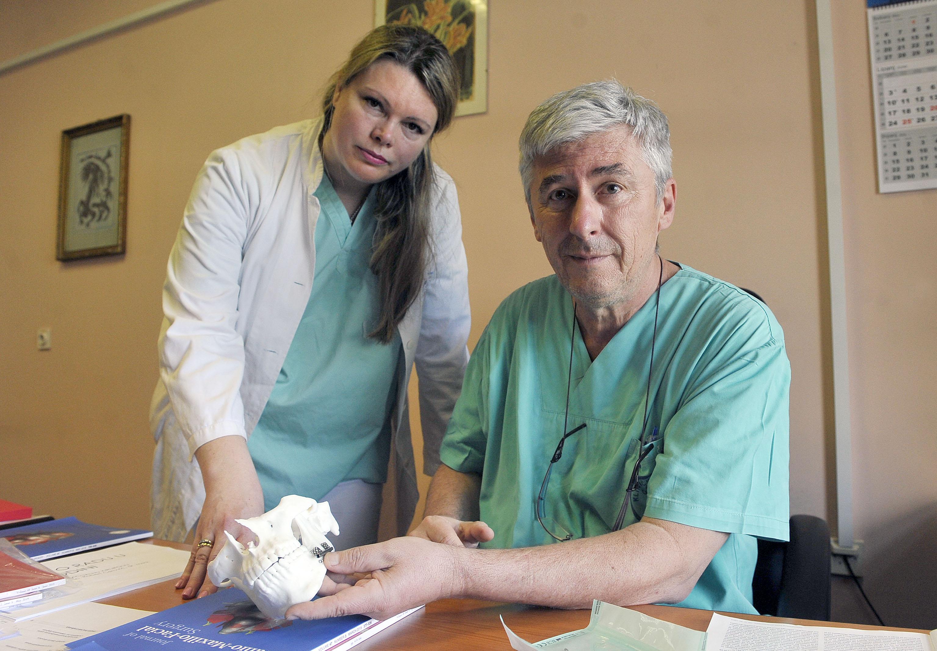 Dr. Barbara Mady Maričić i prof.dr. Robert Cerović / Snimio Roni BRMALJ