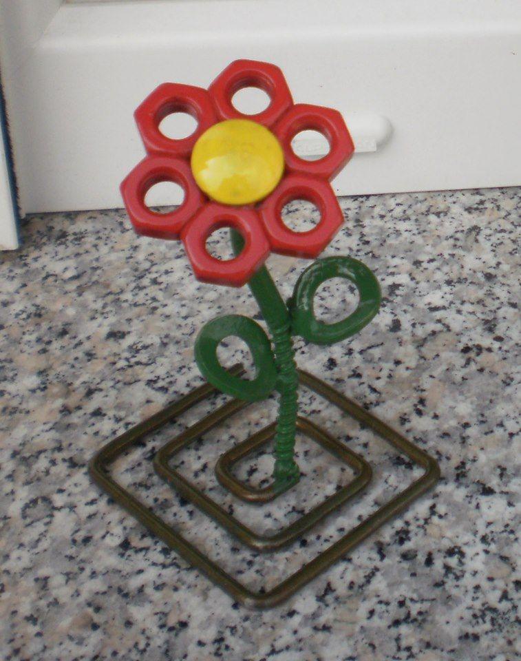 Stečajna rožica br. 8 visoka je 13 centimetara i izrađena od čelika i s premazom od emajla / Foto Igor ZENKO
