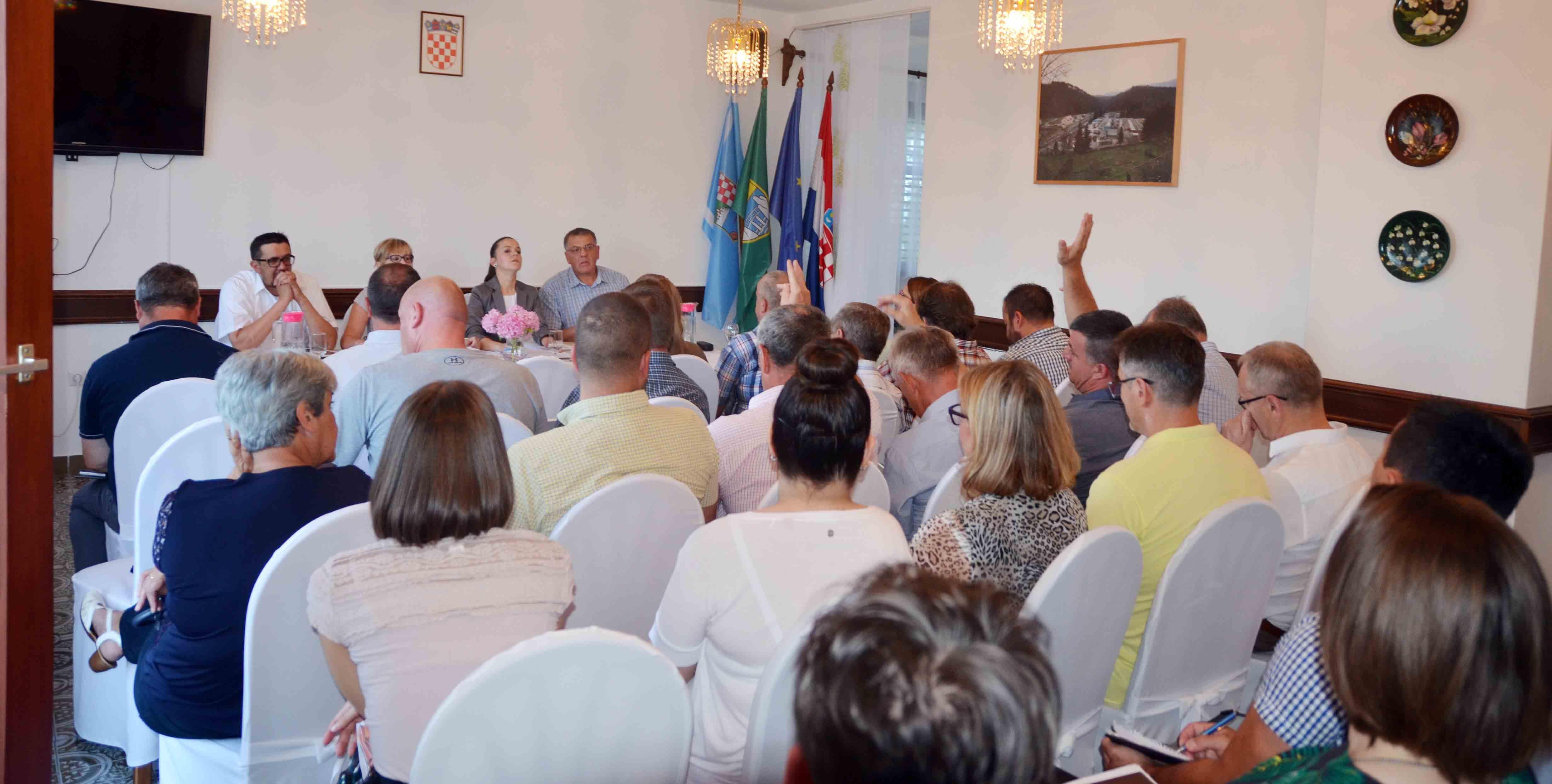 Detalj sa sjednice Gradskog vijeća Vrbovskog / Foto M. KRMPOTIĆ
