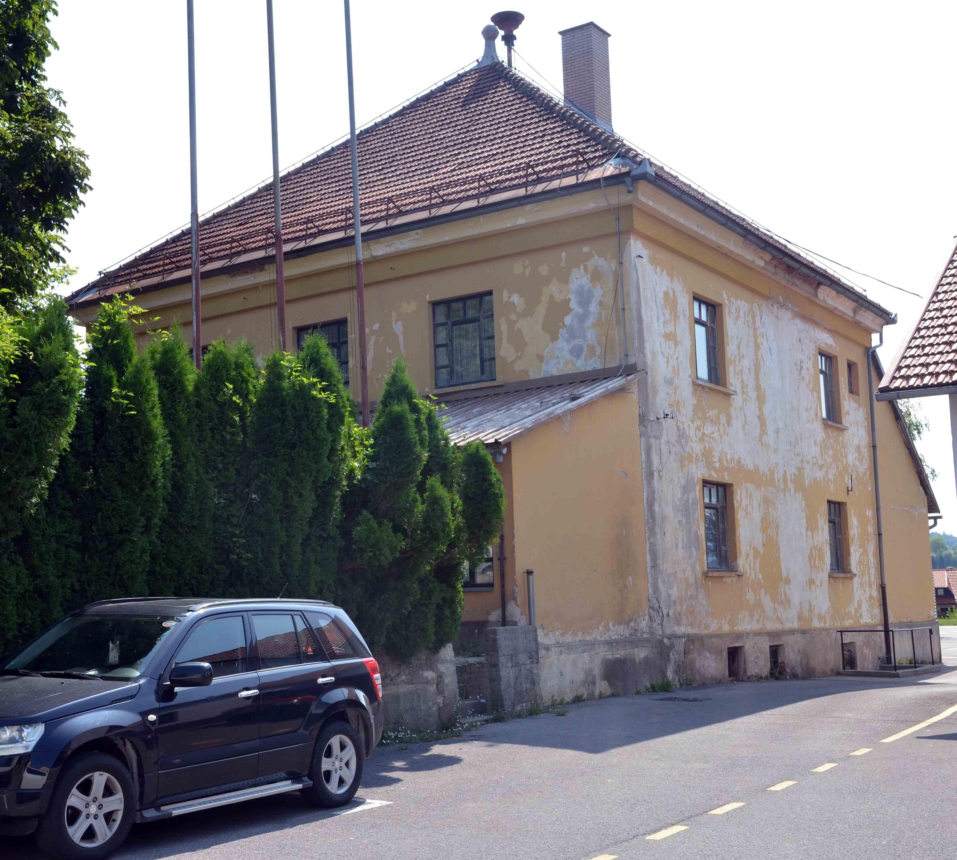 Zgrada nekadašnjeg Lovačkog doma doživjet će temeljitu obnovu / Foto  M. KRMPOTIĆ