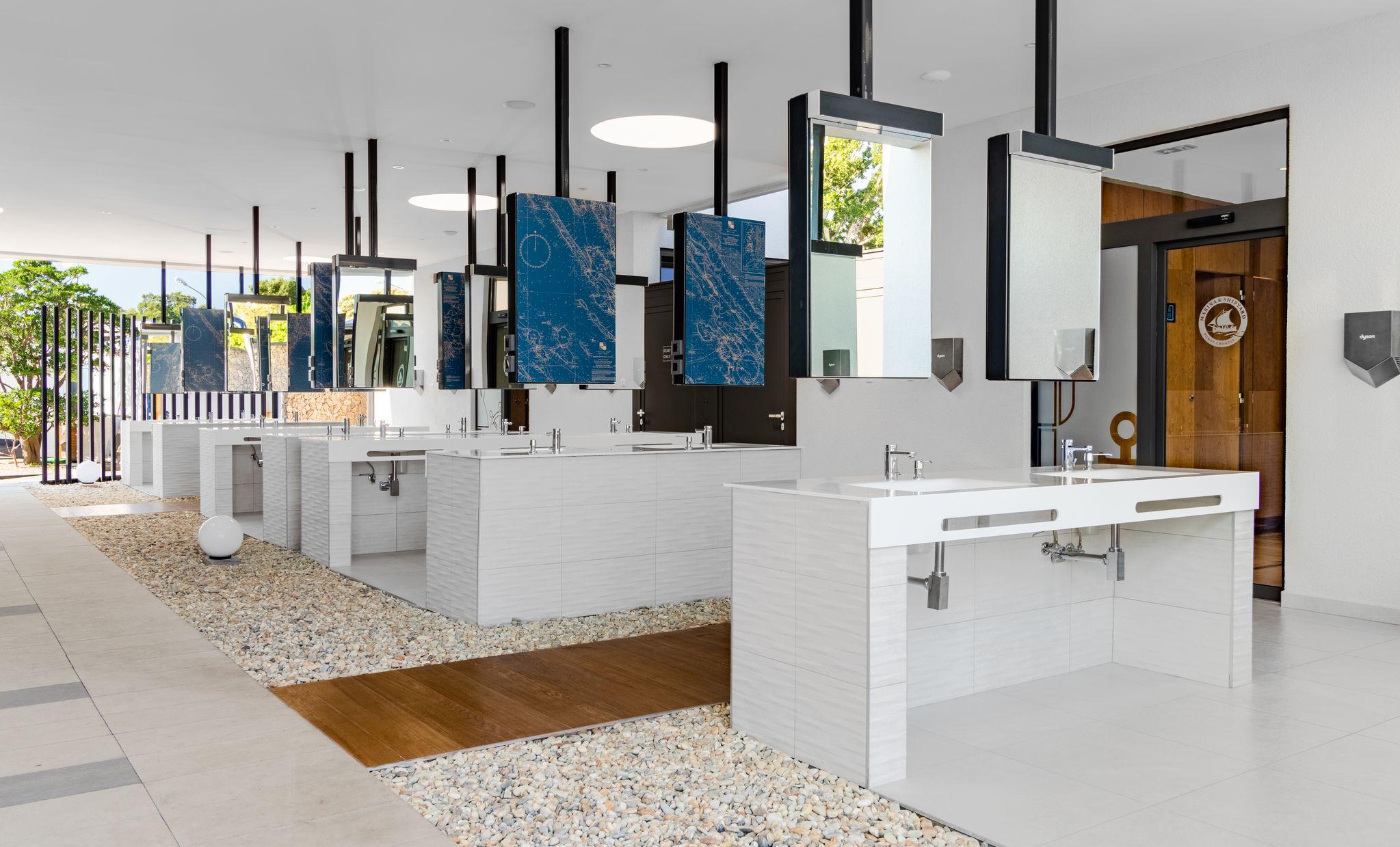 Novi sanitarni čvor tek jedan od noviteta u Marini Punat / Foto K. ŽIC