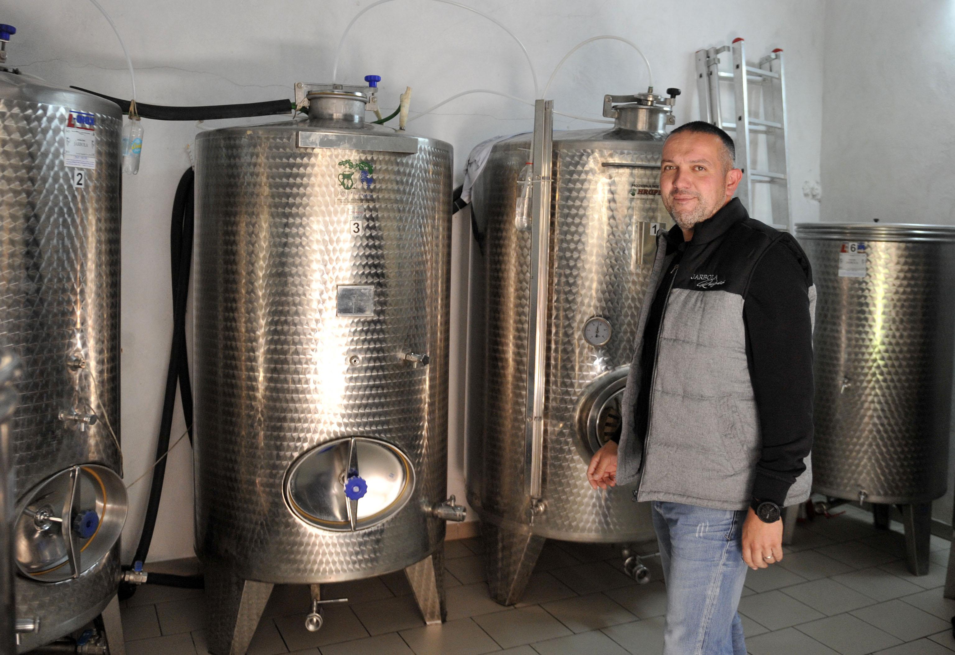 Dobilo se vino iste kvalitete kakvu su od jarbole dobili i na Institutu u Poreču - Franko Ružić / Snimio Vedran KARUZA