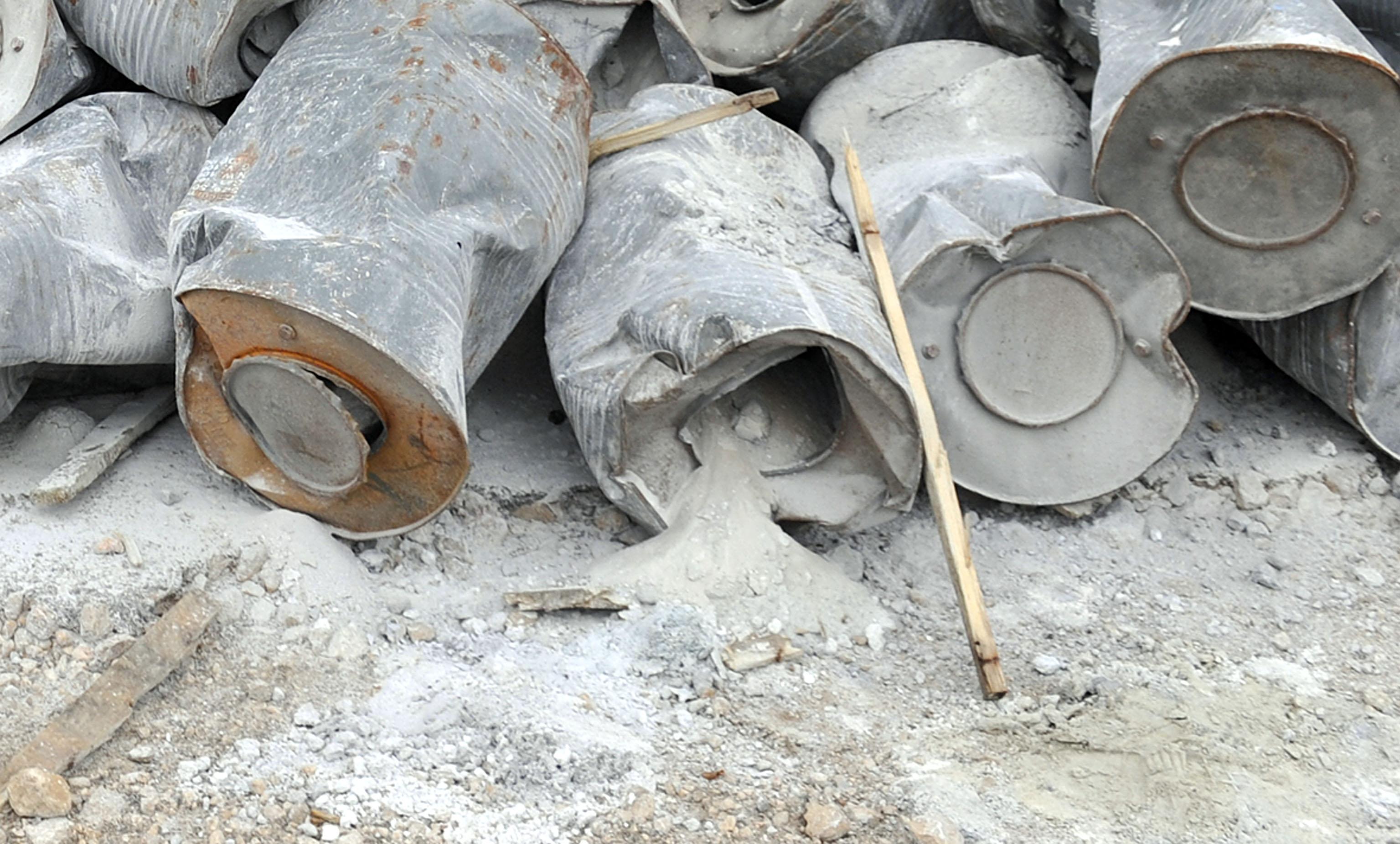 Kalcijev karbid, popularno zvan karbit, svrstava se među opasan otpad i čije je odlaganje u okoliš strogo zabranjeno / Snimio Vedran KARUZA