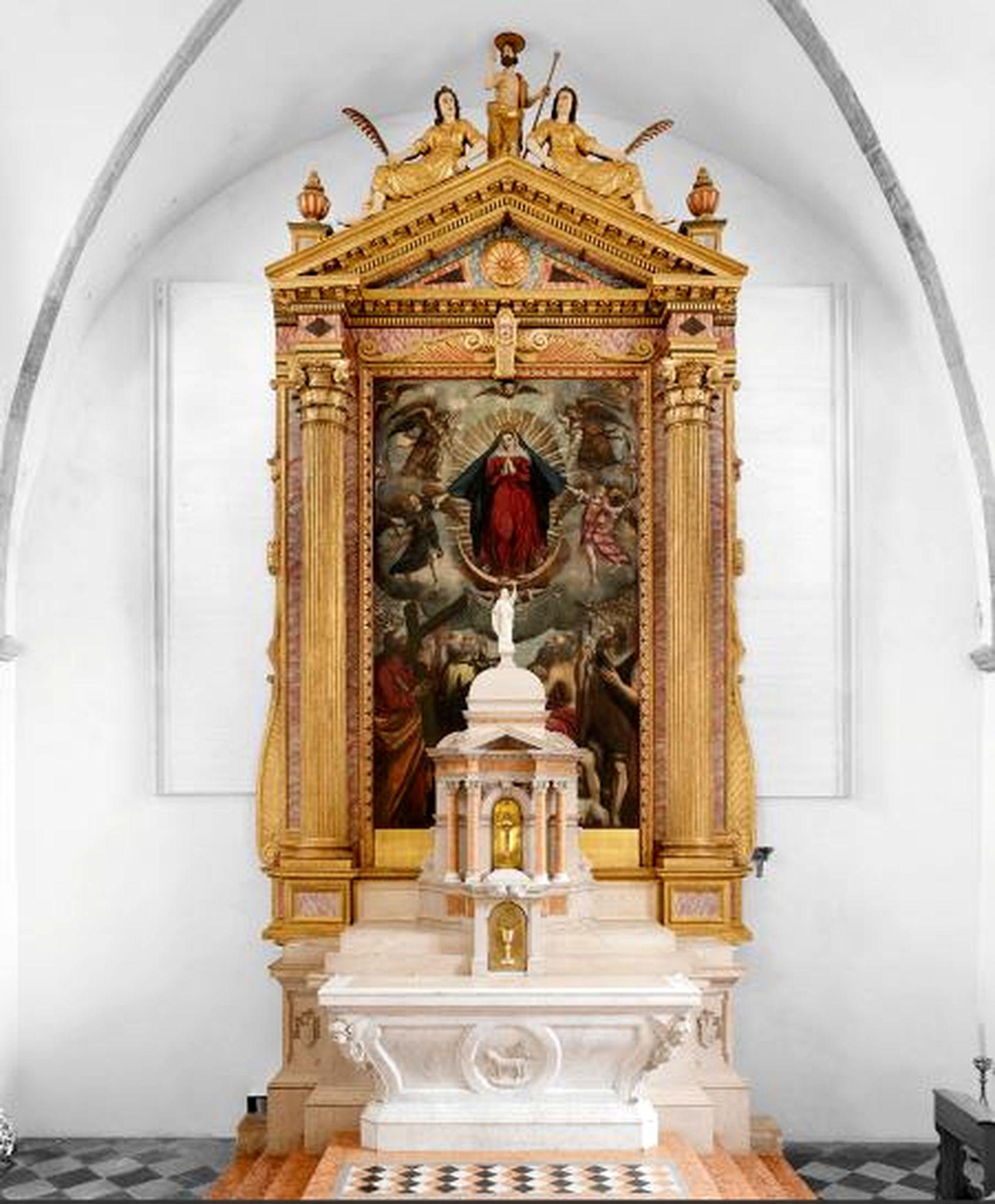 Obnovljeni središnji dio glavnog oltara u vrbničkoj župnoj crkvi Uznesenja Blažene Djevice Marije / Snimio Mladen TRINAJSTIĆ