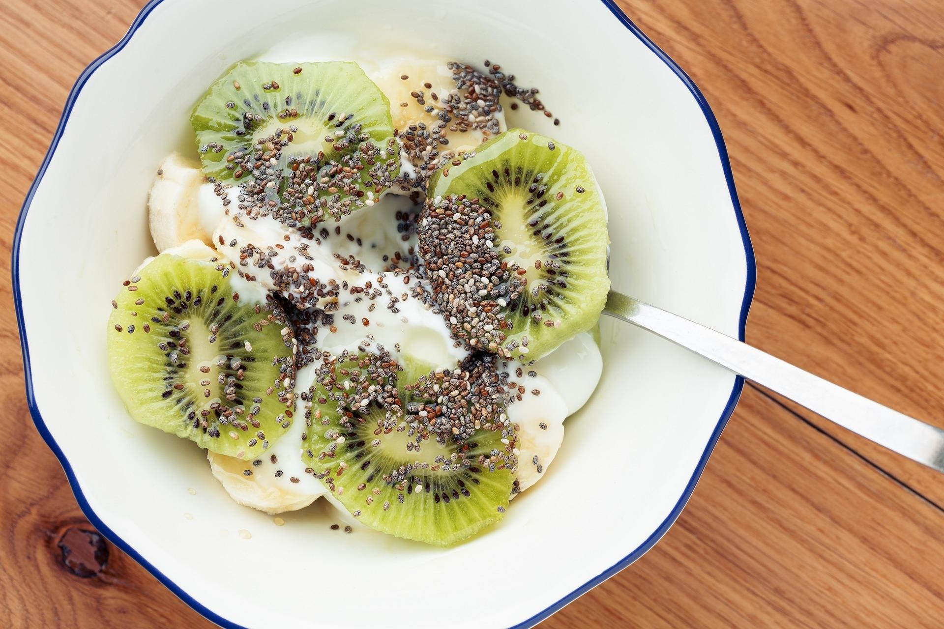 Jogurt s voćem i chia sjemenkama? Može! / Foto PIXABAY.COM
