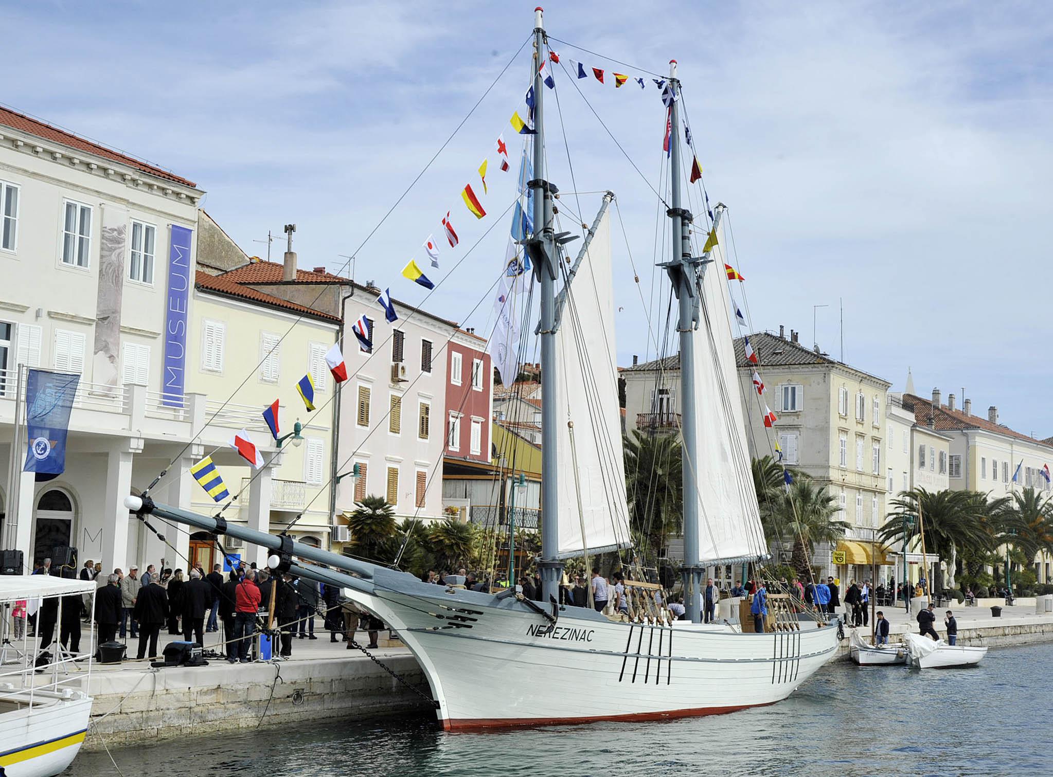 Jedrenjak Nerezinac obnovljen u sklopu projekta Mala barka 2 / Foto  S. DRECHSLER