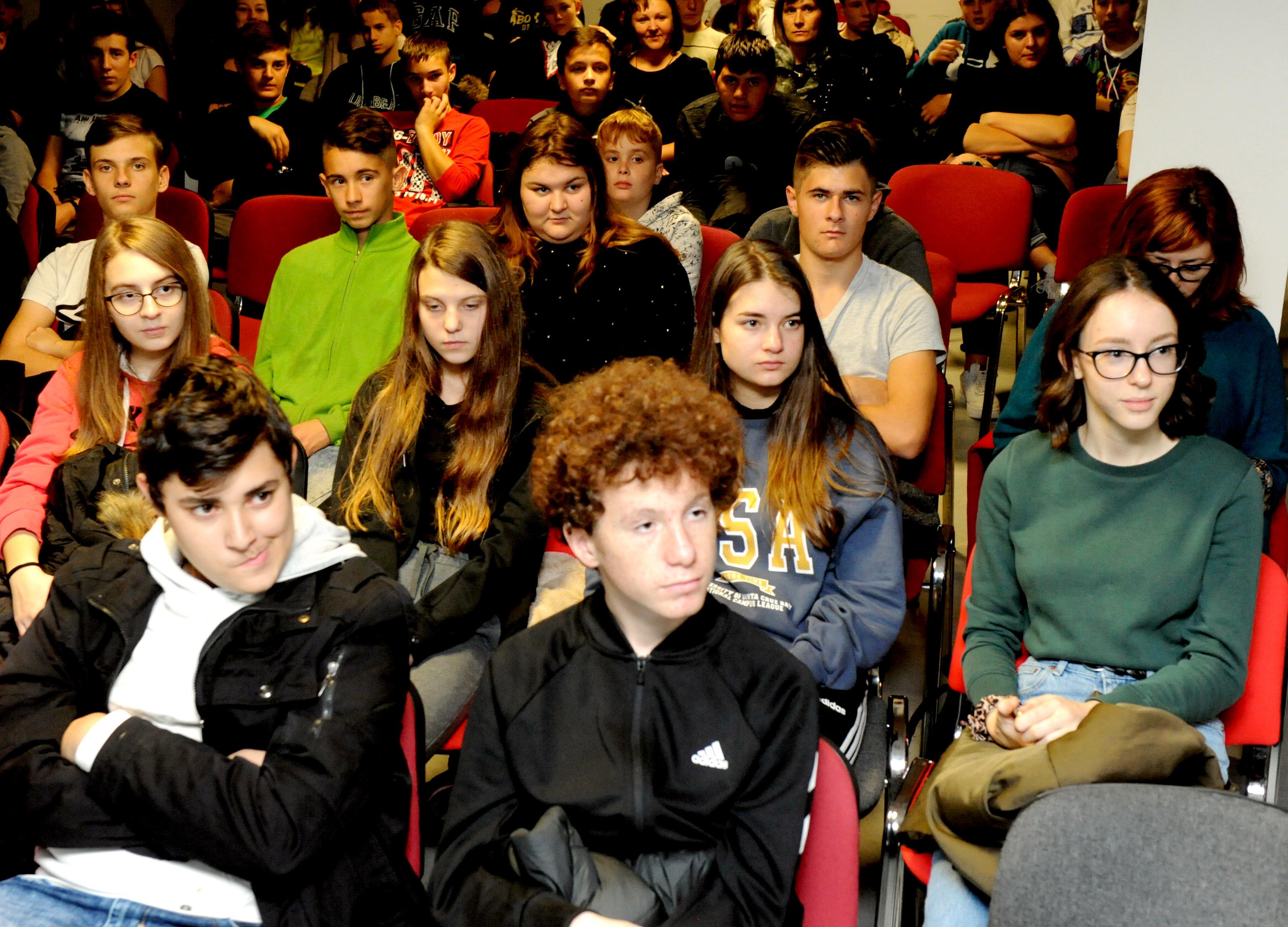 Opatijci na predavanju o Domovinskom ratu / Foto: M. GRACIN