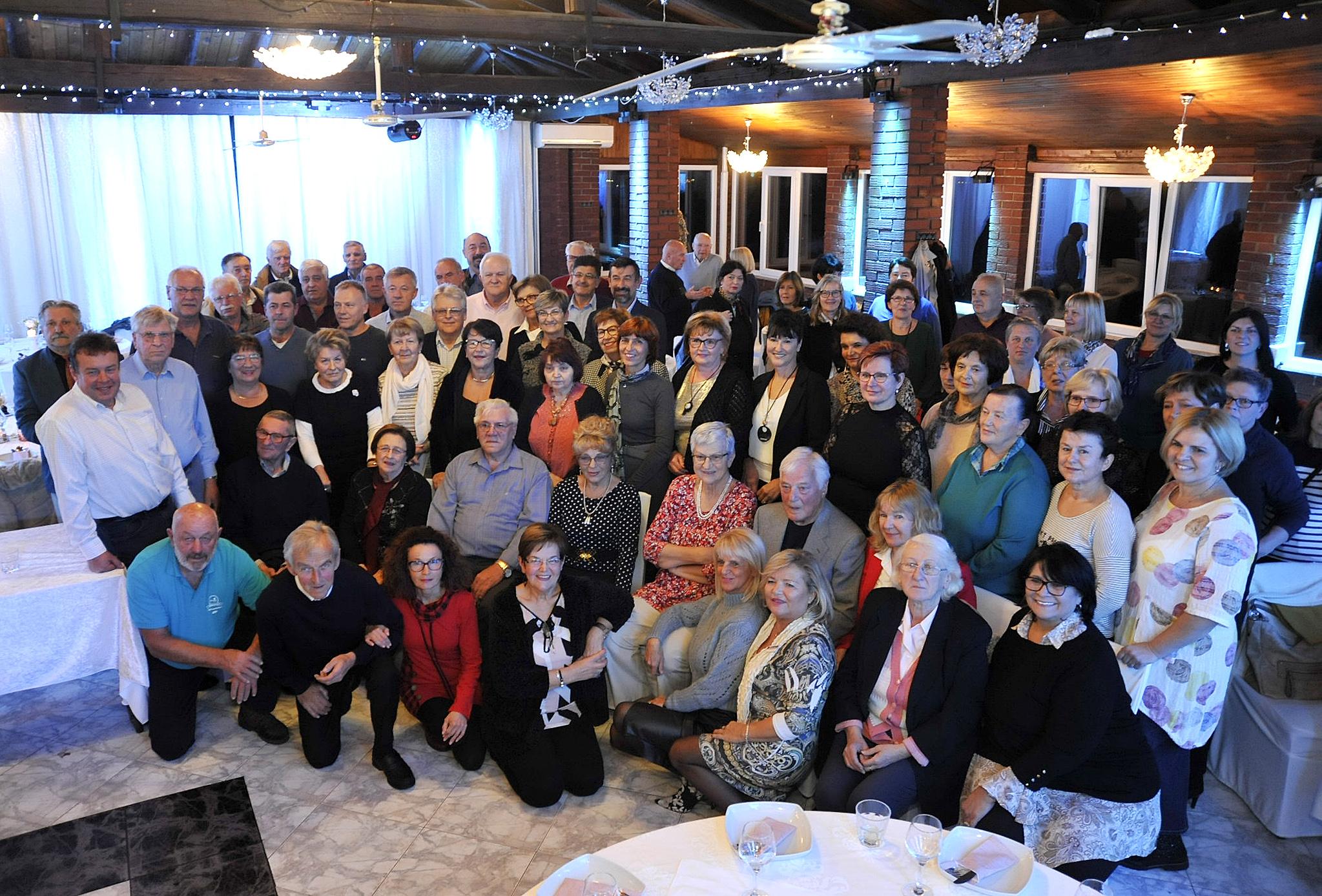 Više od stotinu bivših zaposlenika Kvarner Expressa dobro se zabavilo / Snimio Sergej DRECHSLER