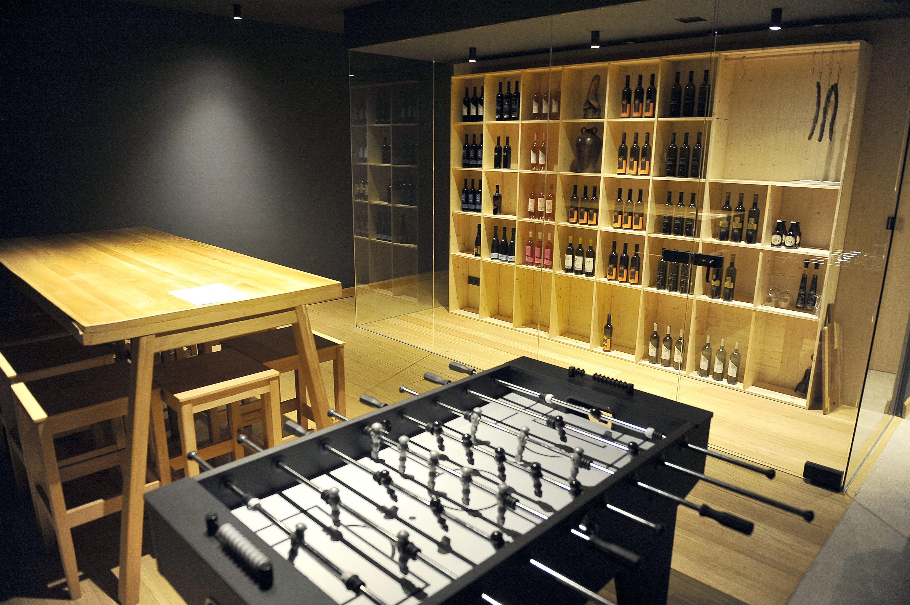 Nube gostima nudi najbolja hrvatska vina i posebno dizajnirani stolni nogomet