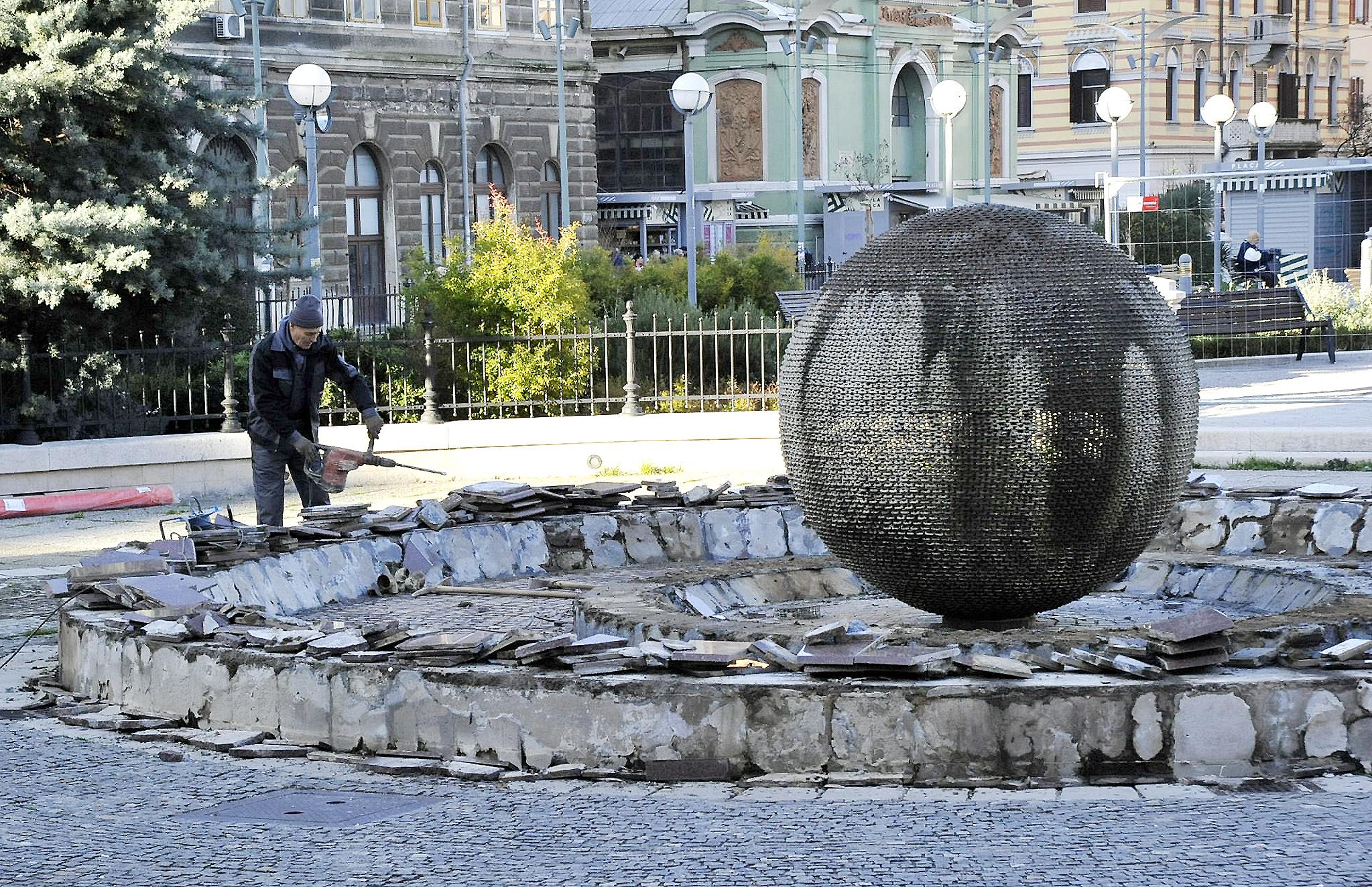 Obnovit će se i Džamonjina fontana / Snimio Sergej DRECHSLER