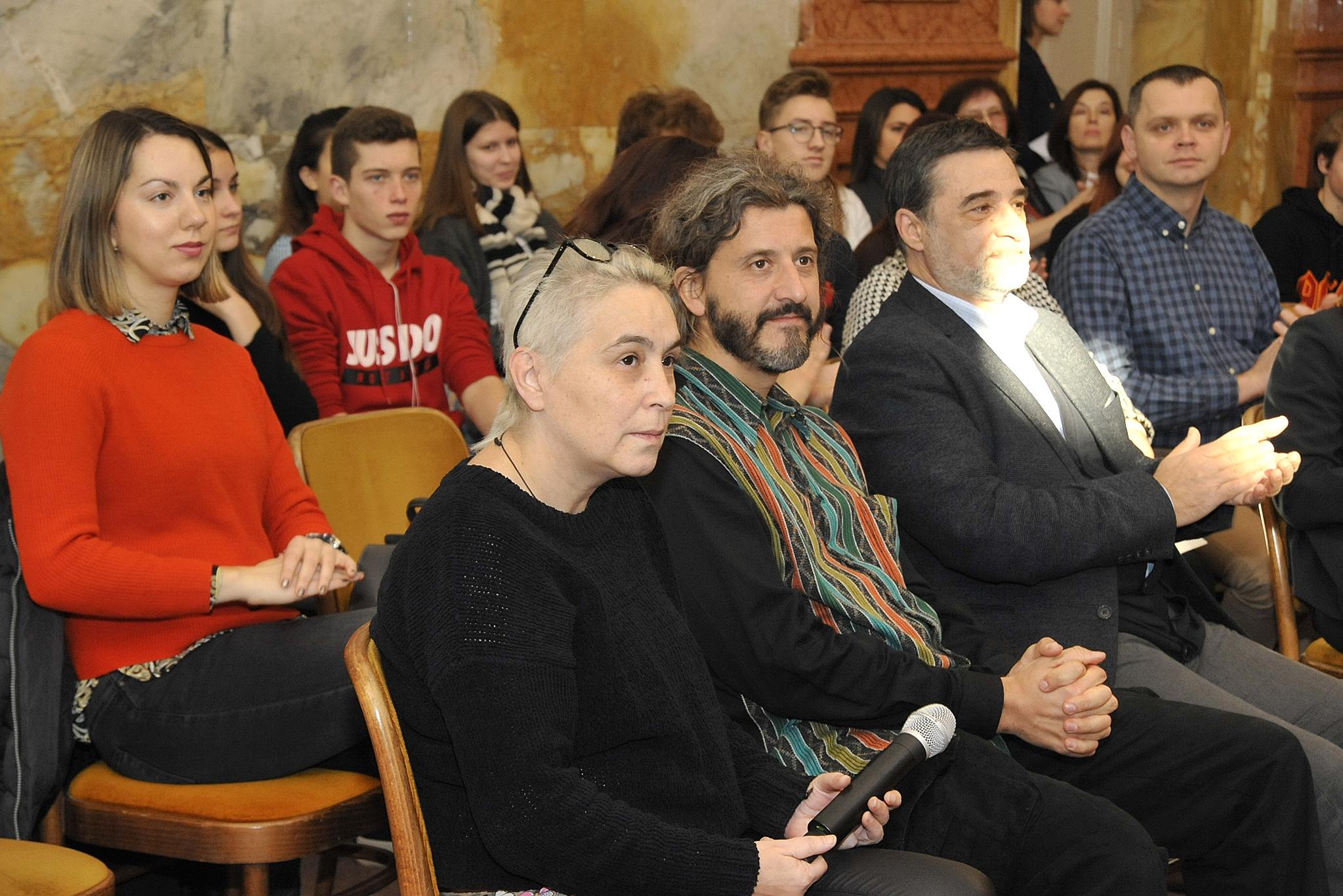 Slavica Mrkić Modrić i Marko Gracin, autori stihova i fotografija županijskog kalendara / Foto: S. DRECHSLER