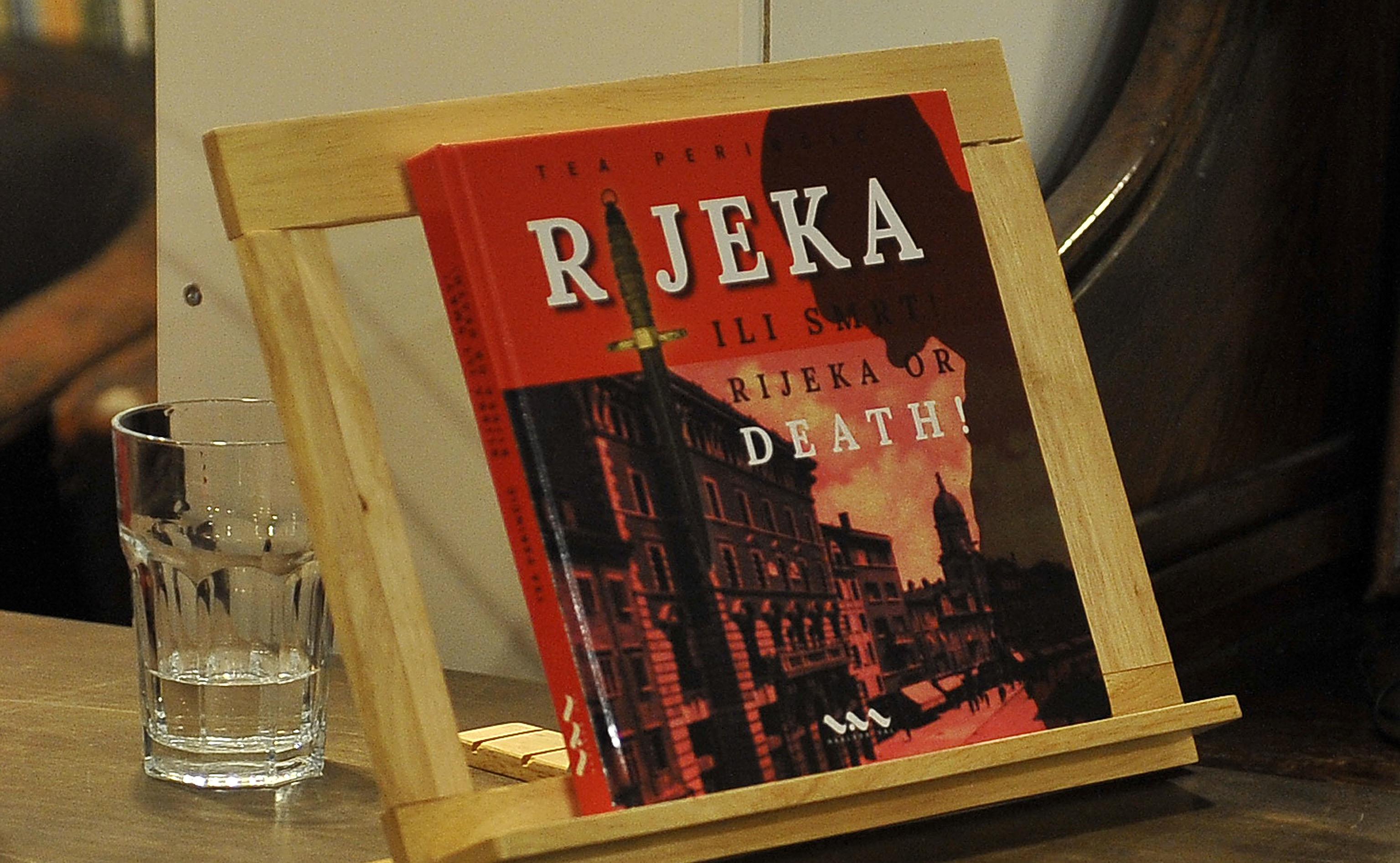 Tea Perinčić: Rijeka ili smrt / Foto Roni BRMALJ