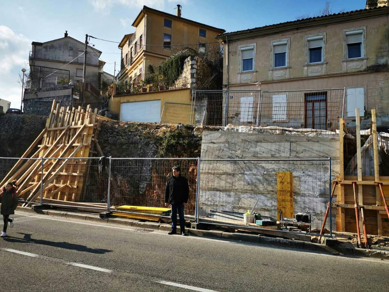 Potpunu obnovu doživjet će potporni zid preko puta vatrogasnog doma / Foto Grad Crikvenica