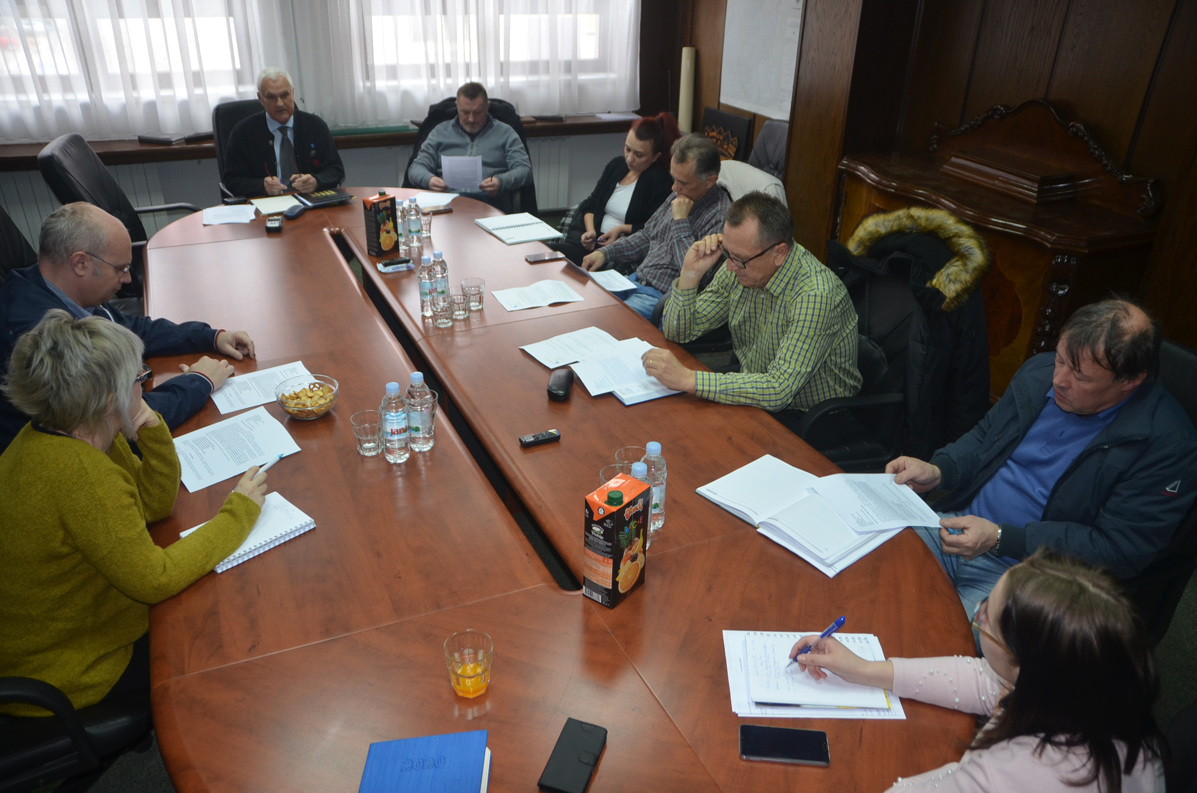 Nova pitanja vezana uz program pojavila su se na koordinaciji goranskih načelnika i gostiju iz programa Zaželi / Snimio Marinko KRMPOTIĆ