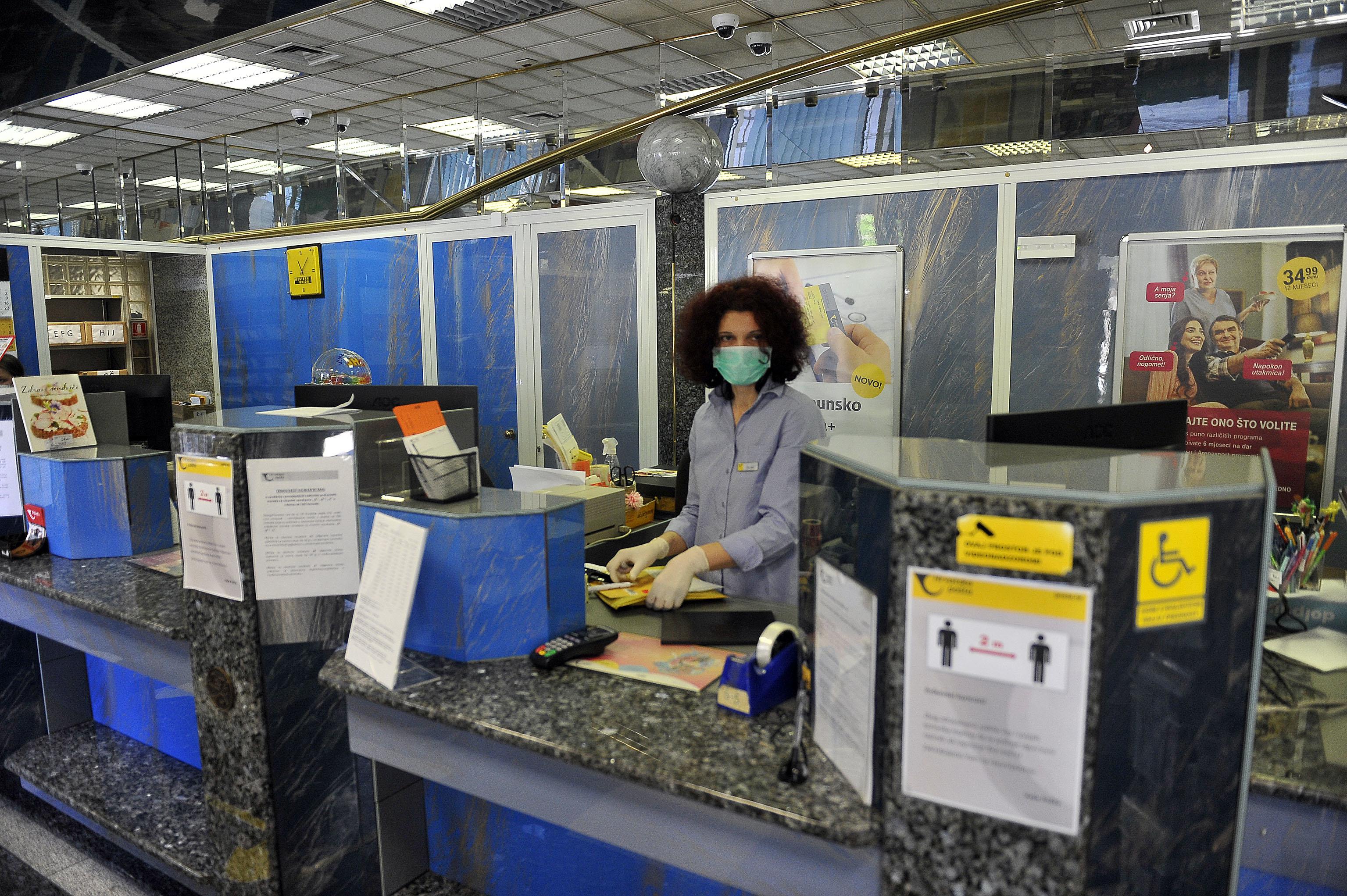 Hrvatska pošta poduzima sve mjere radi zaštite zdravlja / Snimio Roni BRMALJ