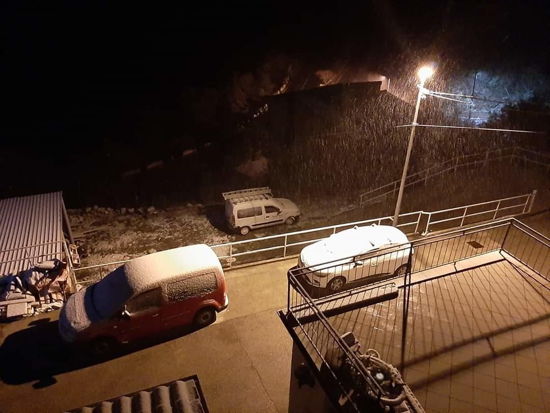Senj sa snijegom, bez ljudi / Foto A. ŠPANIĆ