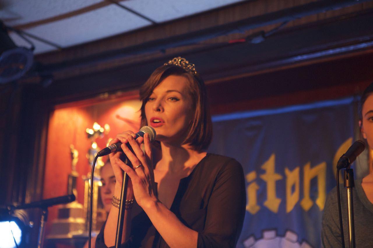 U drami »Cymbeline« Mila Jovovich tumačila je kraljicu