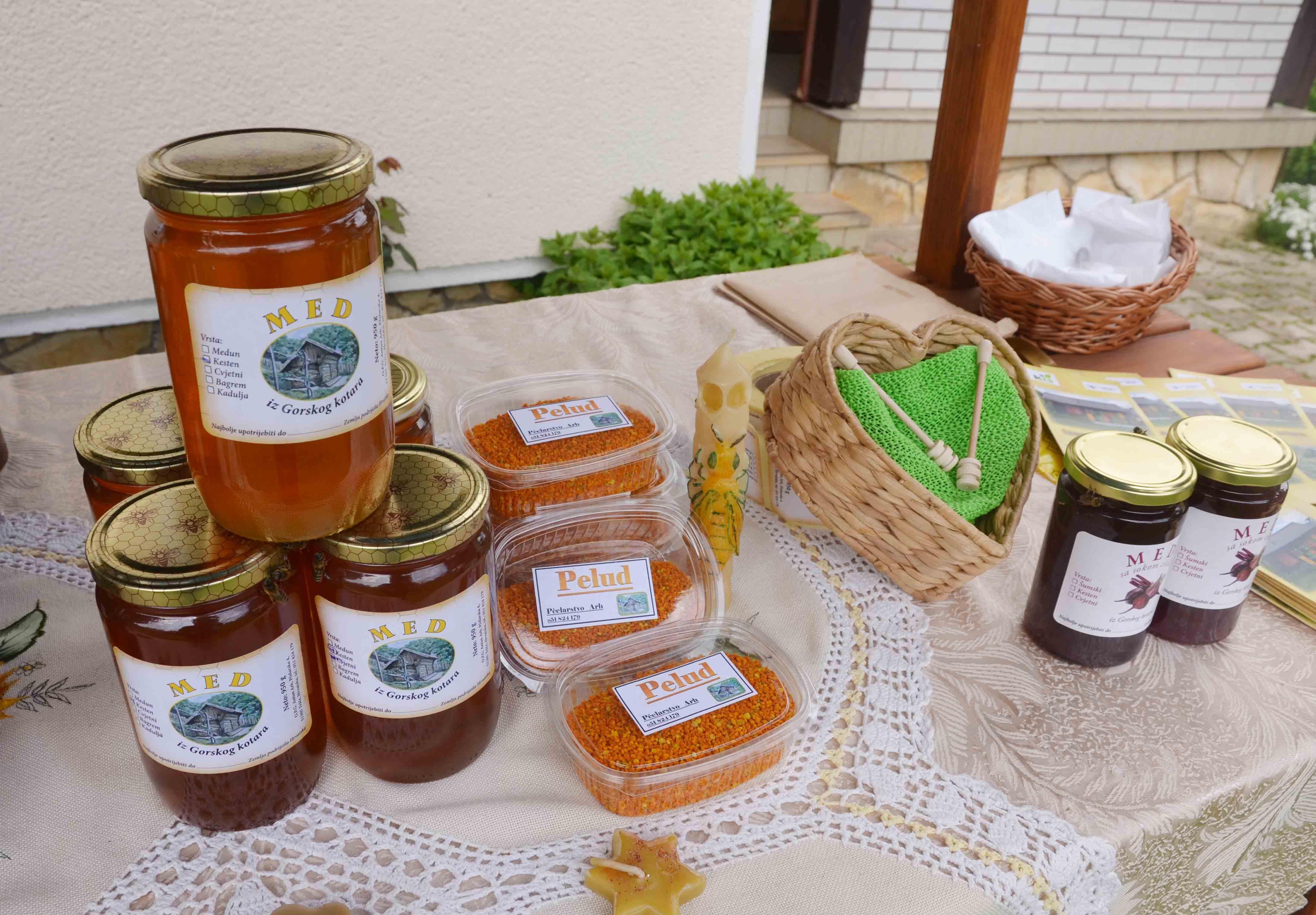 Svjetski dan pčelara u Tršću / Snimio Marinko KRMPOTIĆ