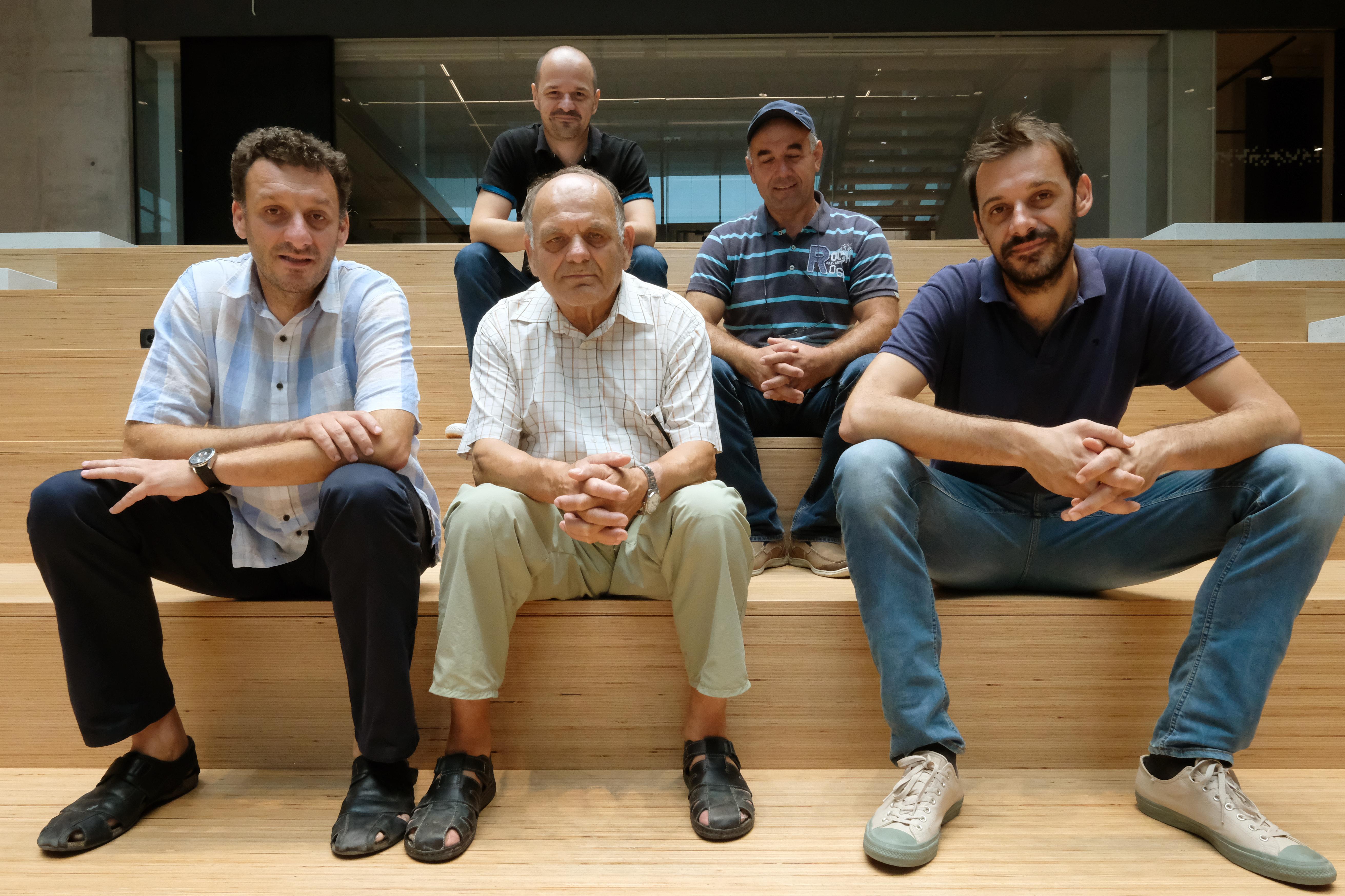 Roberto, Silvestar i Silvio Kutić (prvi red) te Erwin Rotta i Petar Radić