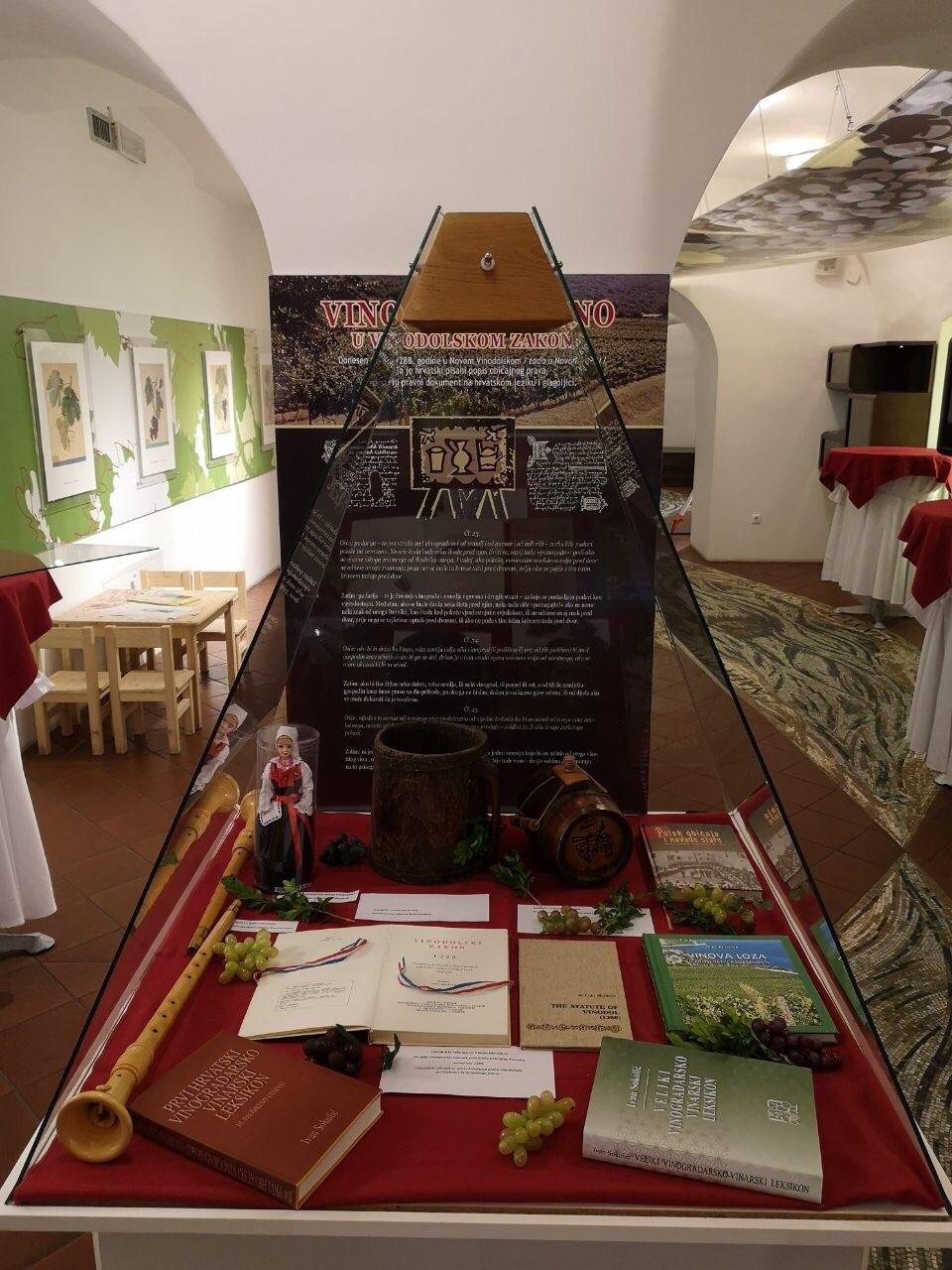Promocija Novog Vinodolskog u Mariboru / Snimio Ivica TOMIĆ