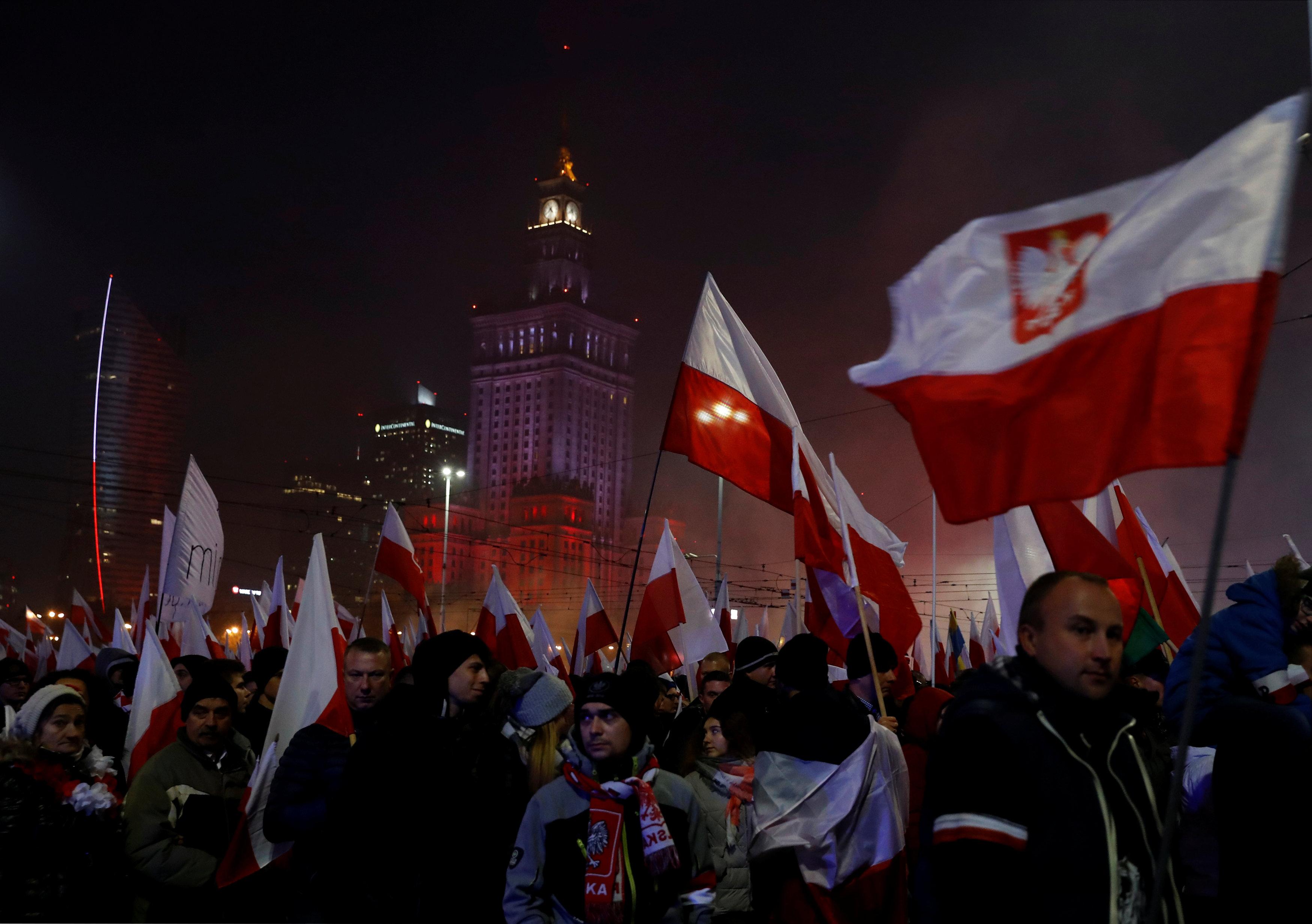 marš ekstremnih desničara, fašisti, neonacisti, Poljska, Varšava, Foto Reuters