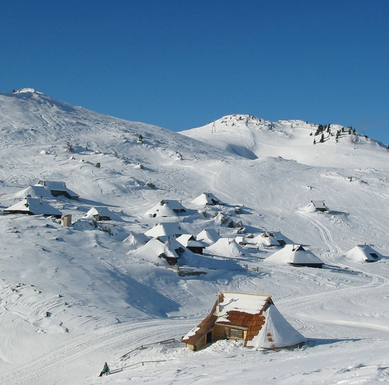 Koca.si /Pravljica/Fairytale - Velika planina