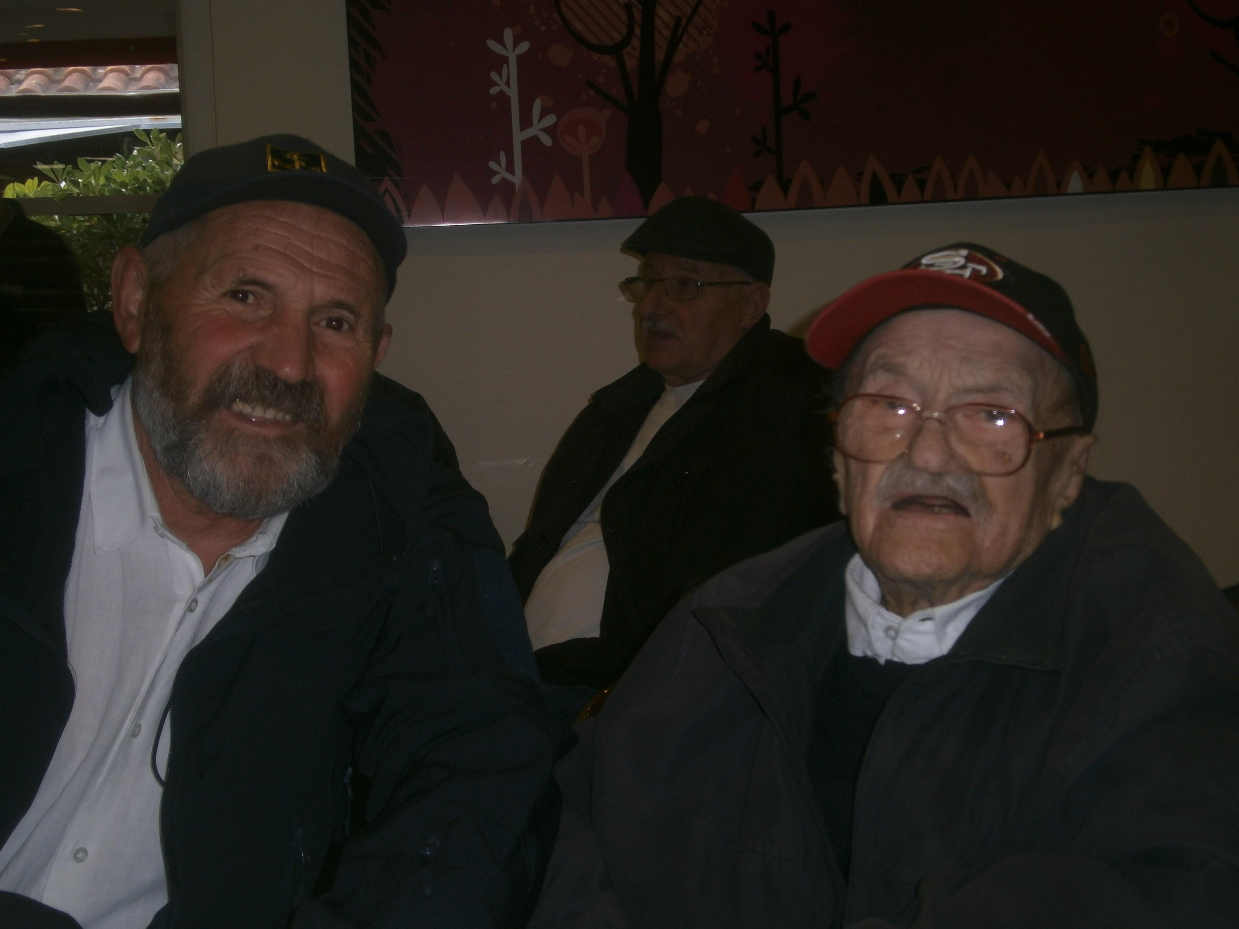 Josip Kršul s nećakom Žarkom Jeličićem / Snimio Franjo DERANJA