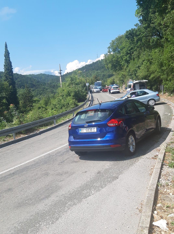 Prometna nesreća na Pulcu / Foto Facebook / Problemi u prometu - Rijeka i okolica