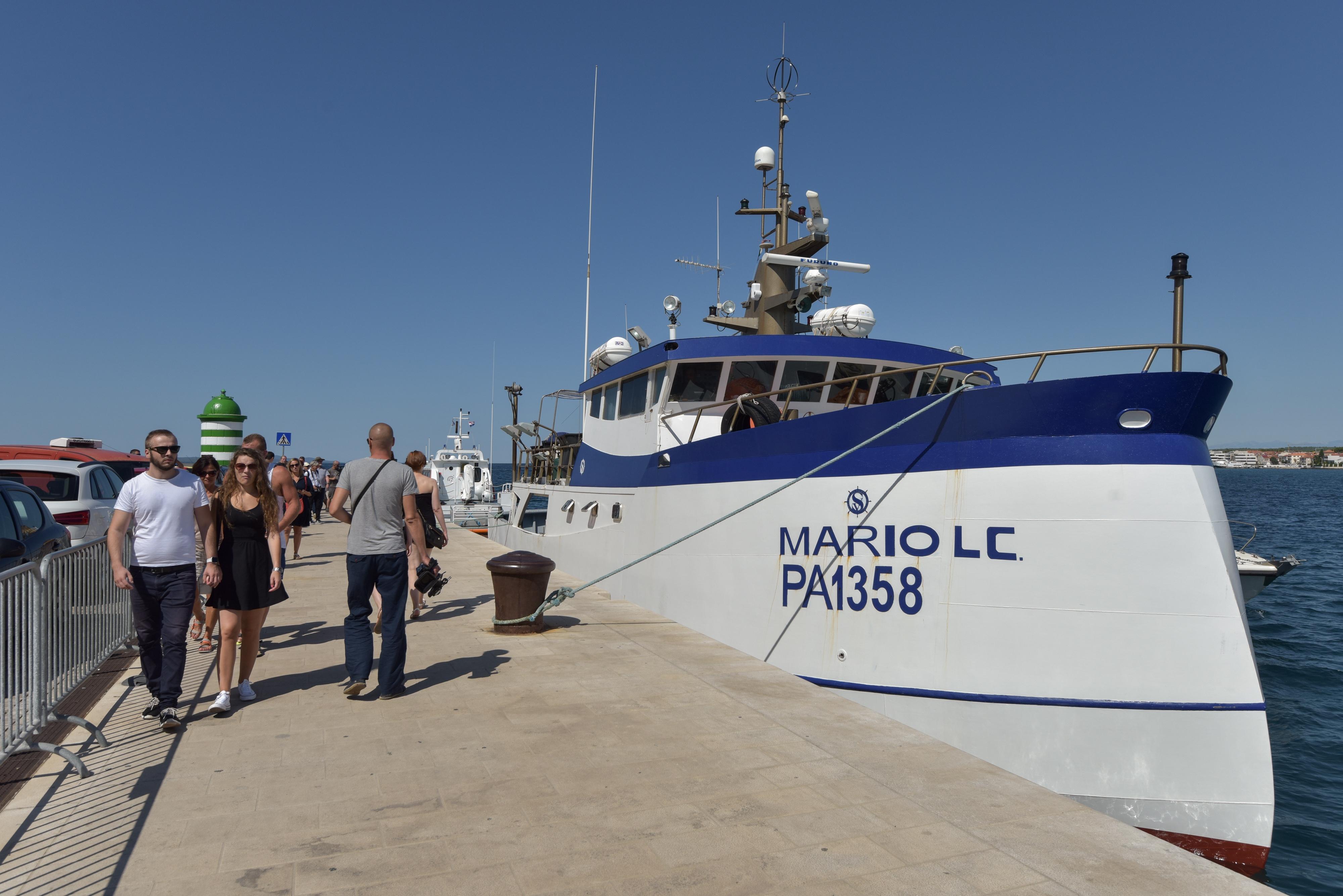 Talijanska ribarica kod Dugog otoka / Foto Dino Stanin/PIXSELL