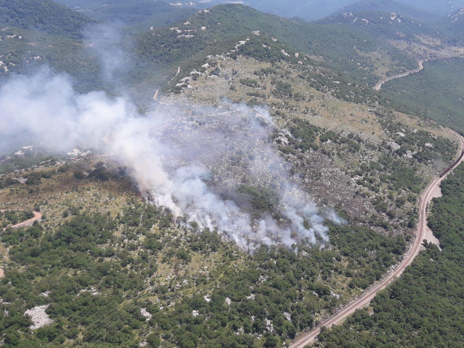 Požar uz prugu Škrljevo-Meja / Foto MORH