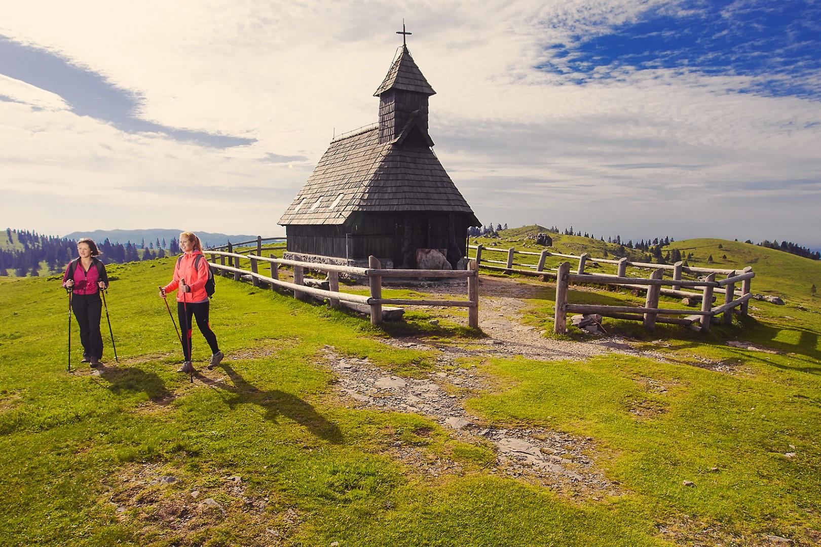Kapelica Marije Snježne, foto Bošthjan TACOL / Zavod za turizem, šport in kulturo Kamnik