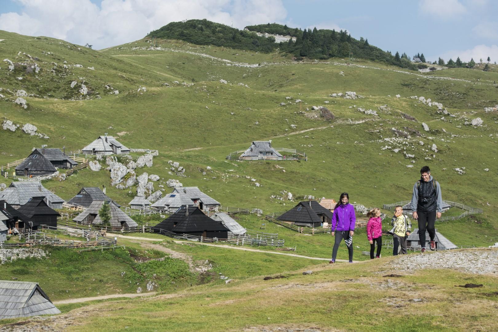 Velika planina, foto Peter PODOBNIK / Zavod za turizem, šport in kulturo Kamnik