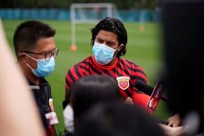 Braziliac Hulk, igrač Shanghai SIPG-a na prvom javnom treningu svojega kluba/Foto REUTERS
