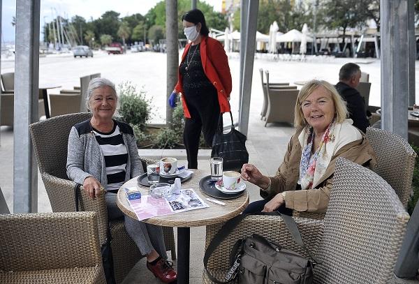 : Gospođe Petra i Doria jedva su dočekale espresso / Foto: R. BRMALJ