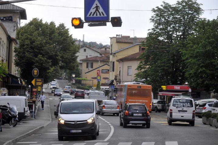 Prometni problemi bili su glavna tema vijećničkih pitanja