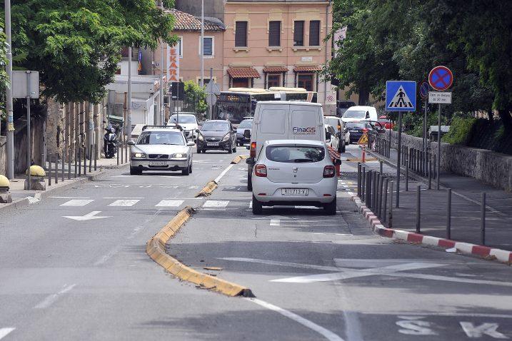 Prepreke u Vukovarskoj su opravdale postavljanje, kažu u Rijeka prometu / Foto: S. DRECHSLER