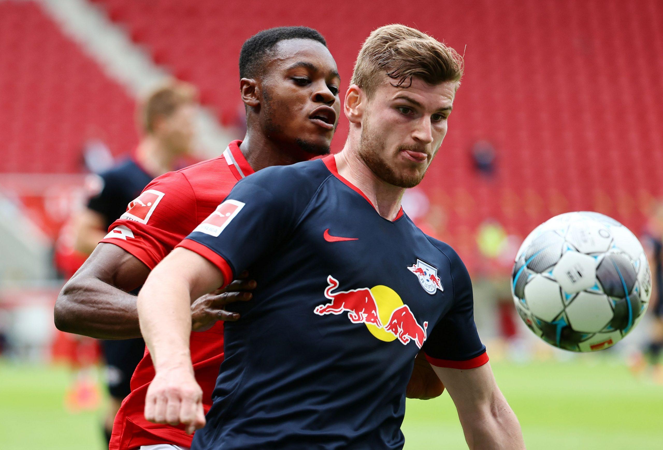 Timo Werner (RB Leipzig) i Bote Baku (Mainz)/Foto REUTERS