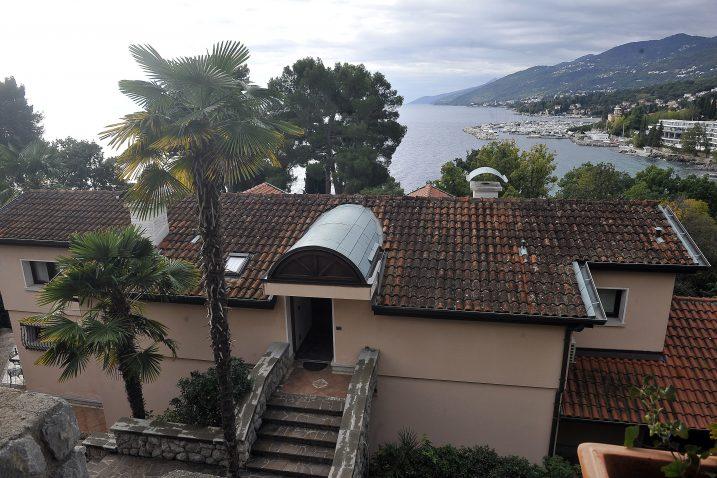 Prelijepa Liburnija s balkona Vosille / Foto: R. BRMALJ