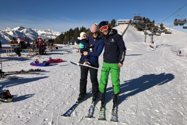 Nina, Ana i Travis Black prije zatvaranja skijališta