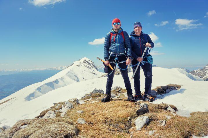 Avanturistički dvojac na osvojenom vrhu