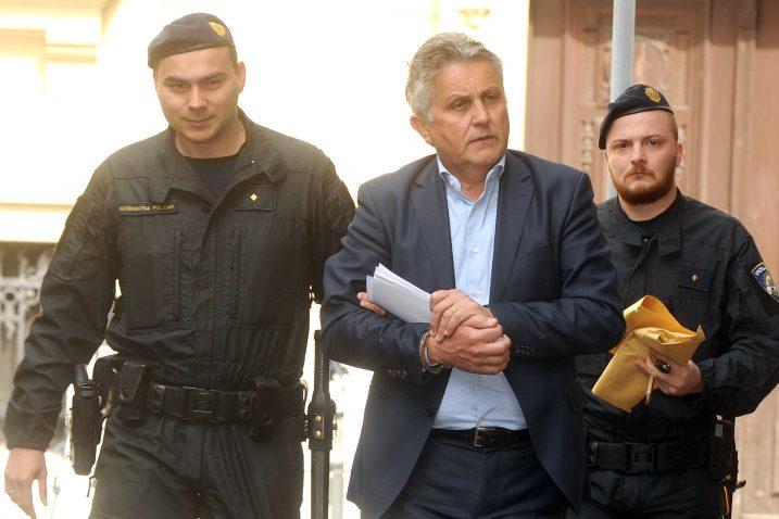 Bivši šef Uljanik plovidbe Dragutin Pavletić priveden u sklopu akcije Uljanik / Foto Marko Gracin