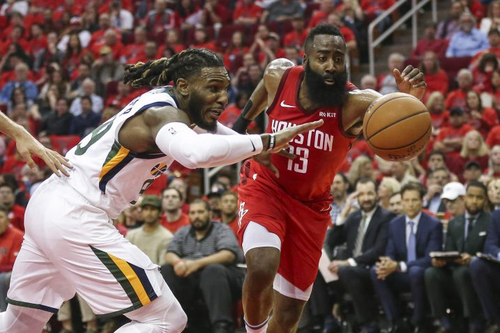 Jae Crowder (Utah) i James Harden (Houston Rockets)/Foto REUTERS