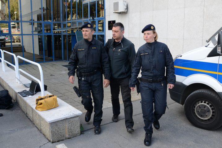 Uhićenje Giannija Rossande / Foto Goran KOVAČIĆ / PIXSELL