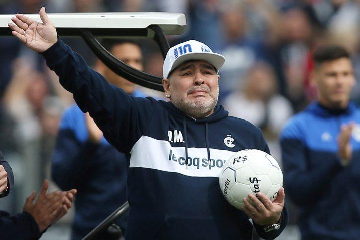 Maradona nije mogao sakriti emocije/Foto REUTERS