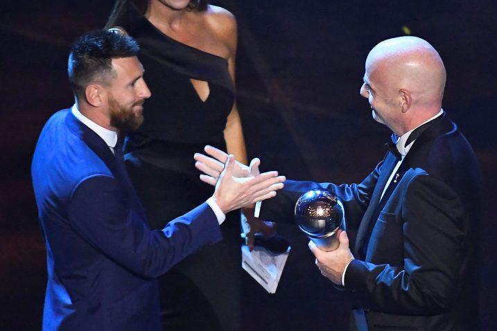 Leo Messi i Gianni Infantino/Foto REUTERS