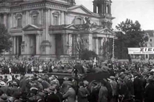 Prizor iz nijemog filma »Berlin – Simfonija velegrada«