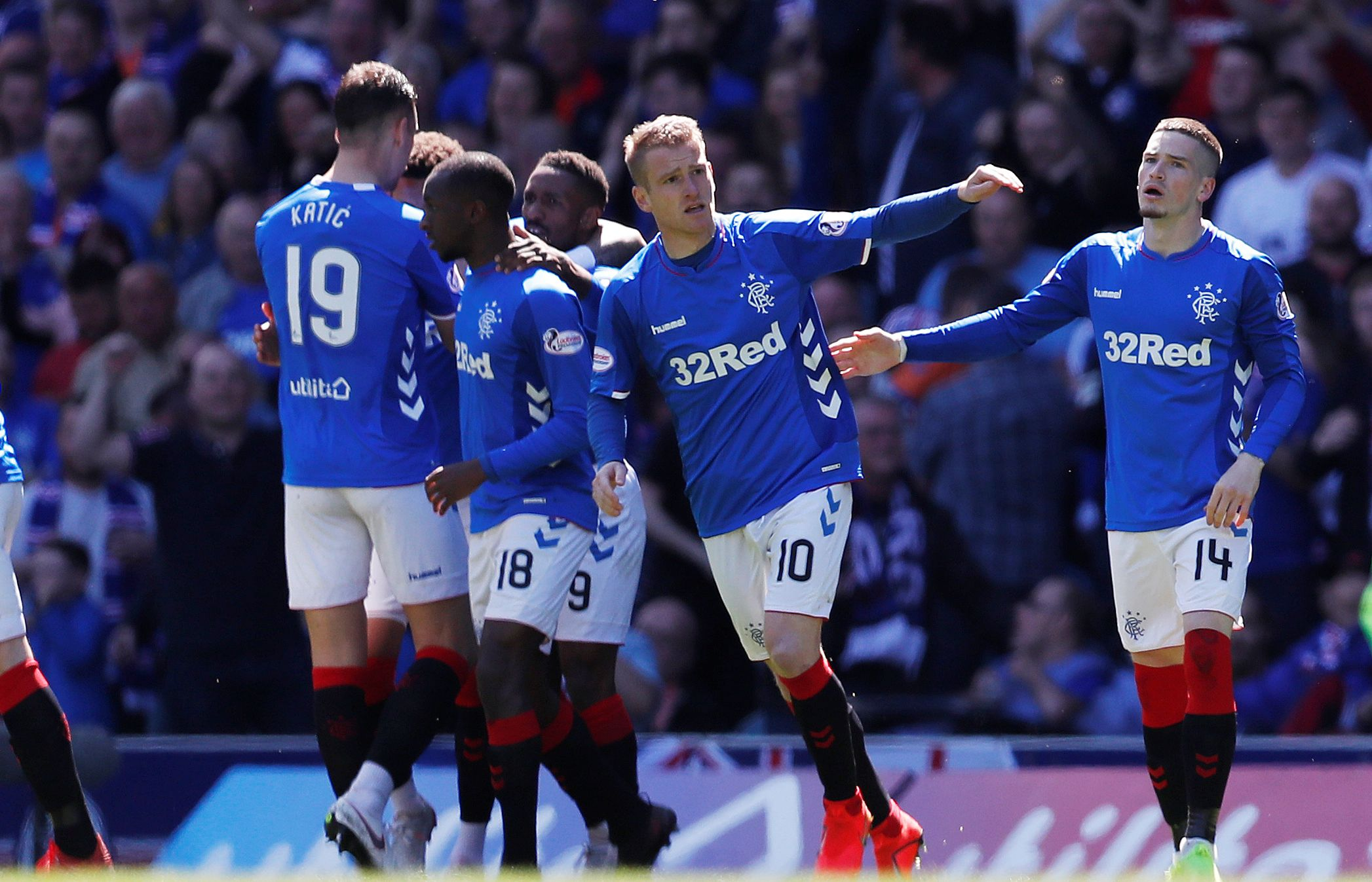 Slavlje igrača Glasgow Rangersa/Foto REUTERS