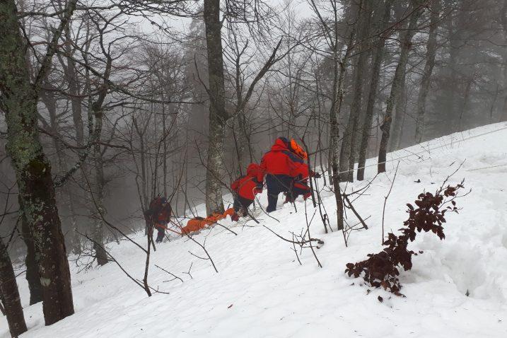 Na višim dijelovima planinskog lanca Plješivice snijega je bilo u izobilju, mjestimice gotovo metar